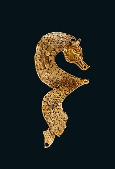 Seahorse Figure with Filigree